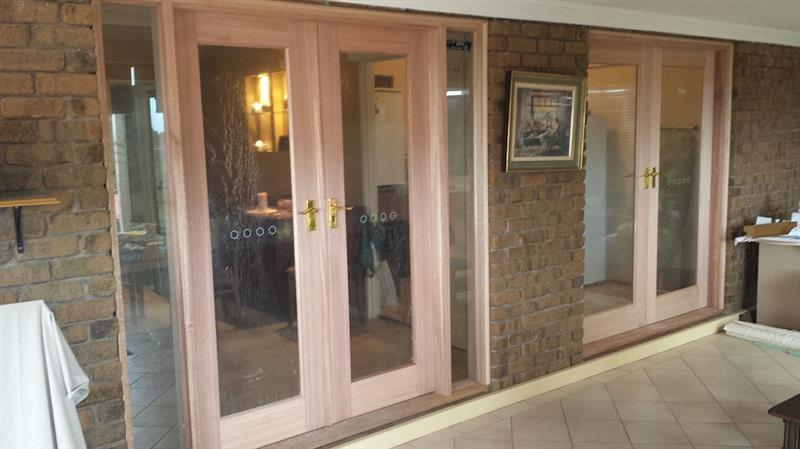 Replacement of the Sliding doors in Wynnvale